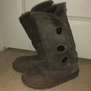 Gray Ugg Fur Button Up Boots!